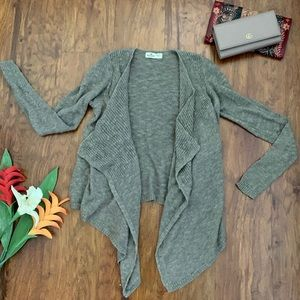 HOLLISTER Asymmetrical Cardigan